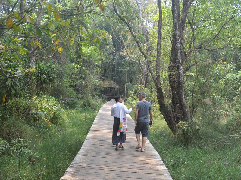 Burma Adventure walking tour