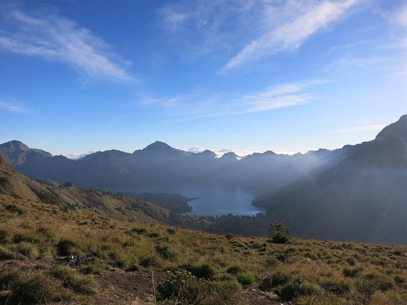 climb Mount Rinjani on your Indonesia holiday